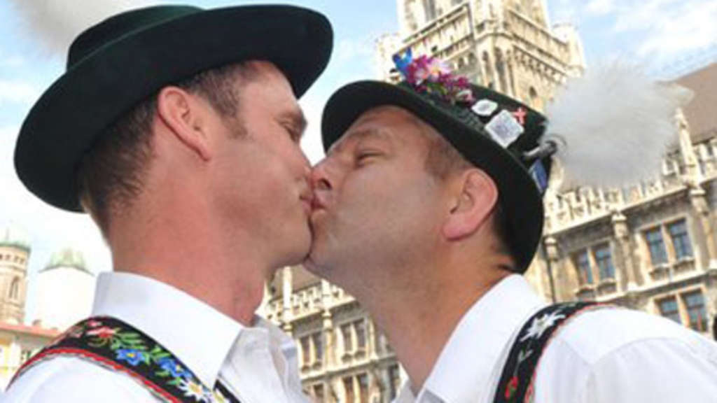 Gay-Party-Wiesn 2011