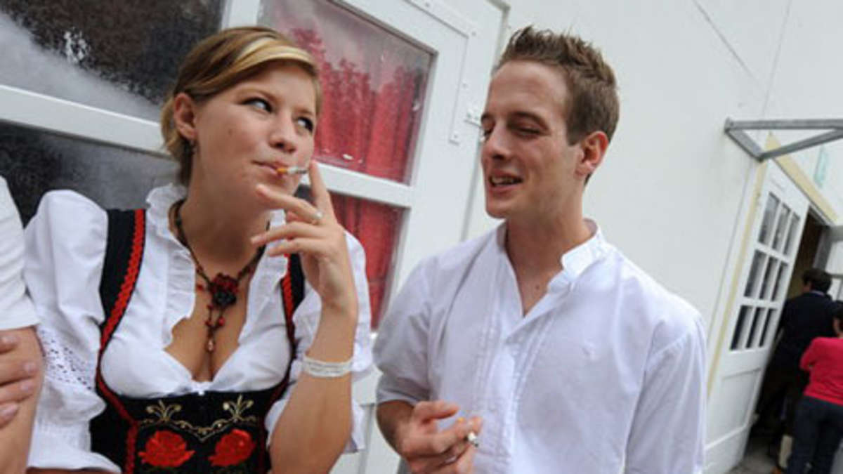 Zelte Zum Oktoberfest : Wiesn zelte für raucher bei Überfüllung kein wiederinlass