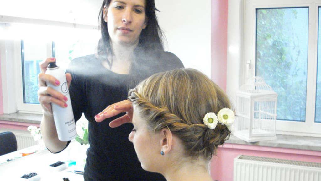 Frisuren fur oktoberfest kurze haare