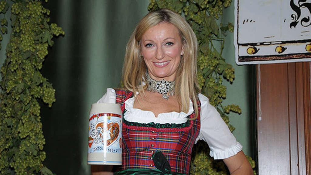 Monika Gruber Sexy