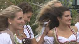 tz-Wiesn-Madl: Fotoshooting im smart center